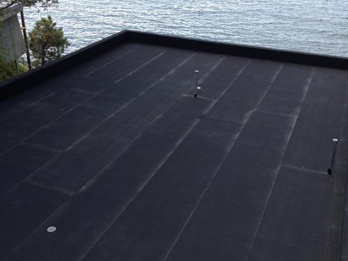 Waterproofing membrane on a roof