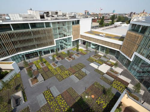 Referenzen liste zinco green roof systems for Roof garden milano